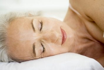 How to Make the Most of Your Sleep to Stay Looking Younger 1