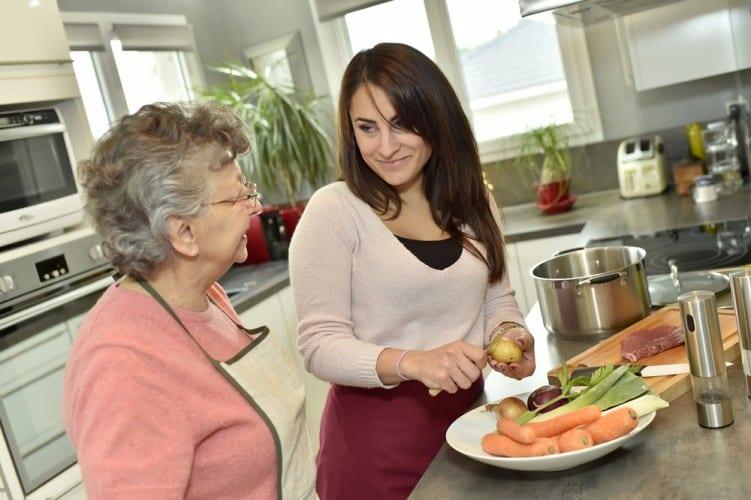 Alzheimers Diet women cooking