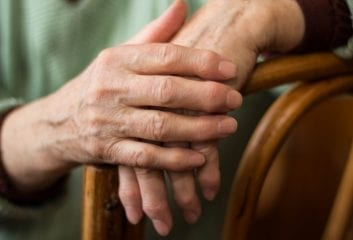 8 Natural Remedies for Arthritis You May Like To Try
