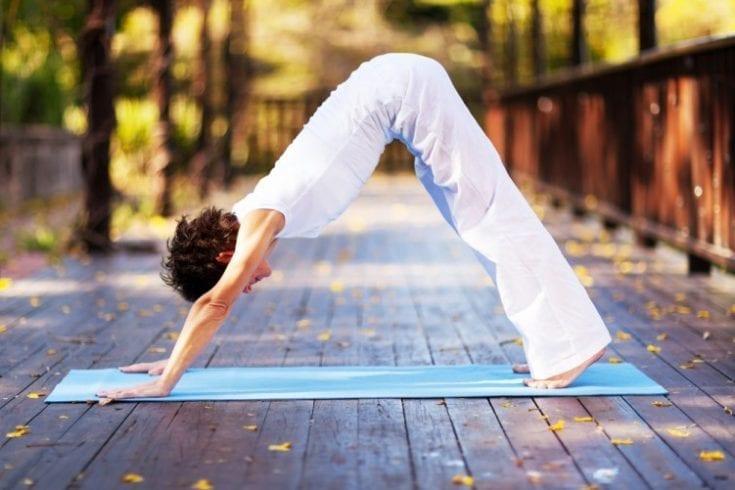 bikram-yoga-114290005