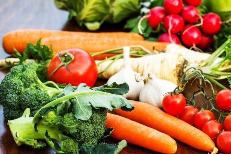 eating-healthy-122480890