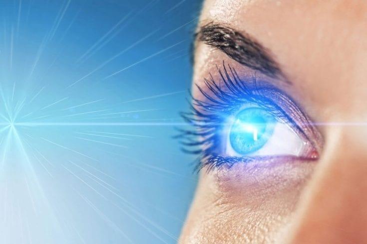 laser-eye-surgery-37044946