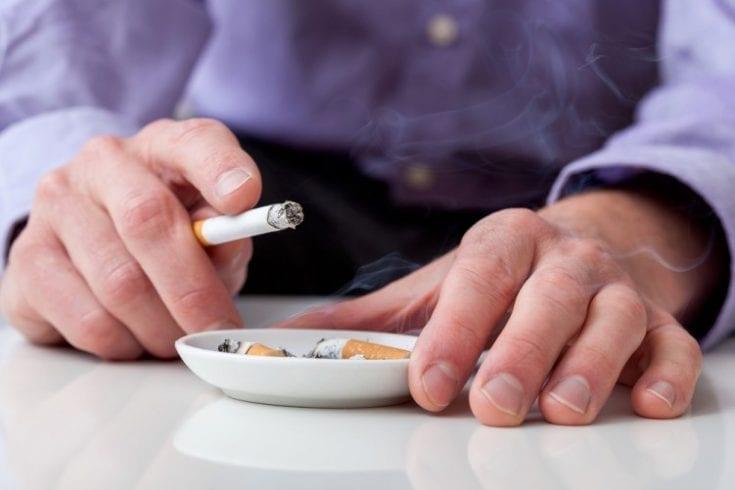 smoking ages brain